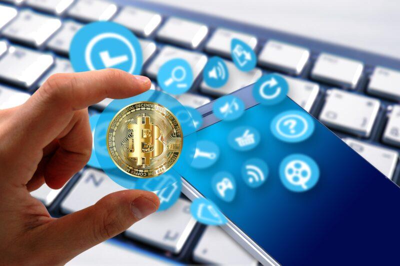 Ganar dinero invirtiendo en criptomonedas, haciendo pequeñas tareas