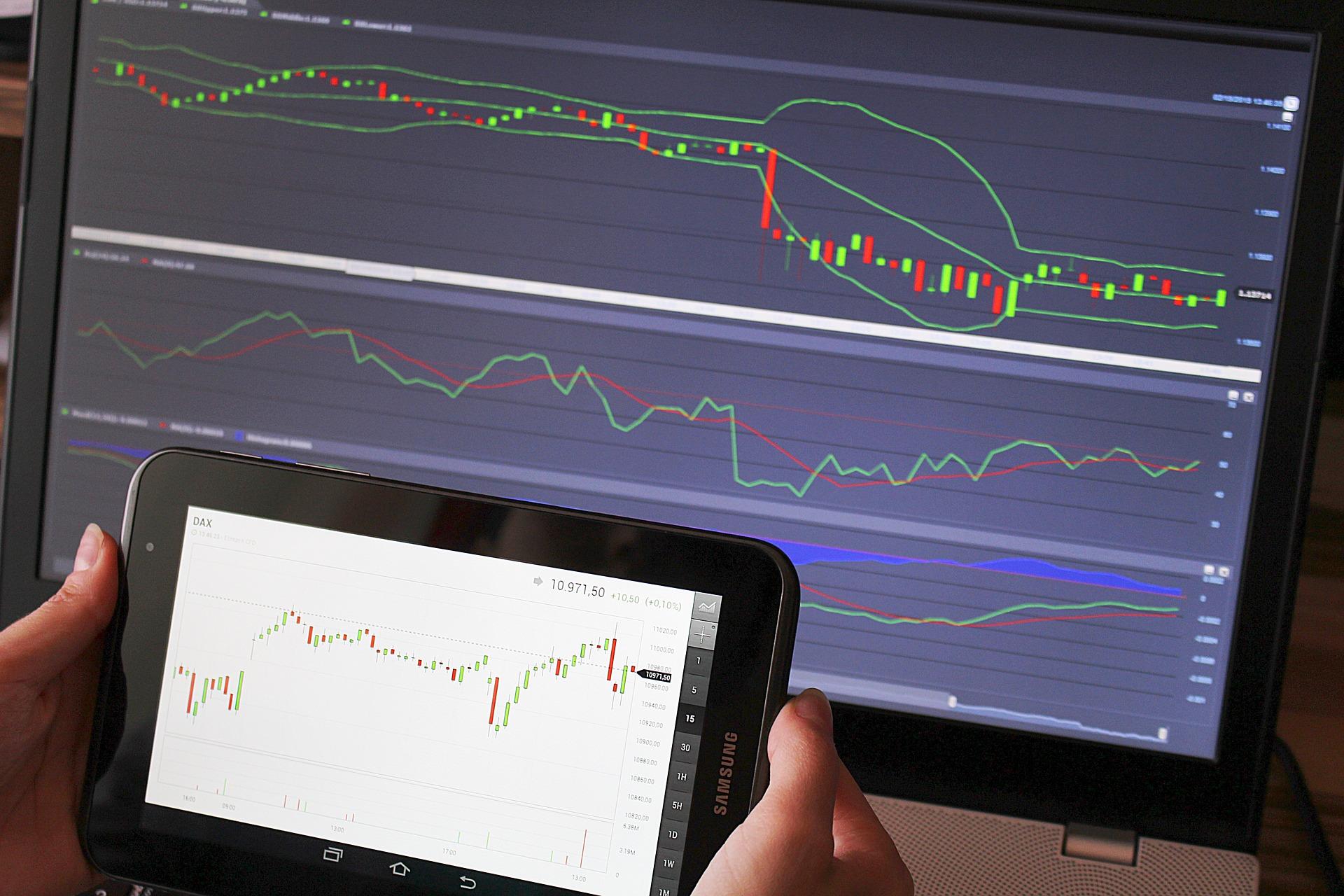 Ganar dinero invirtiendo en criptomonedas, trading